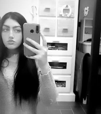 Alessandra Potterシ︎